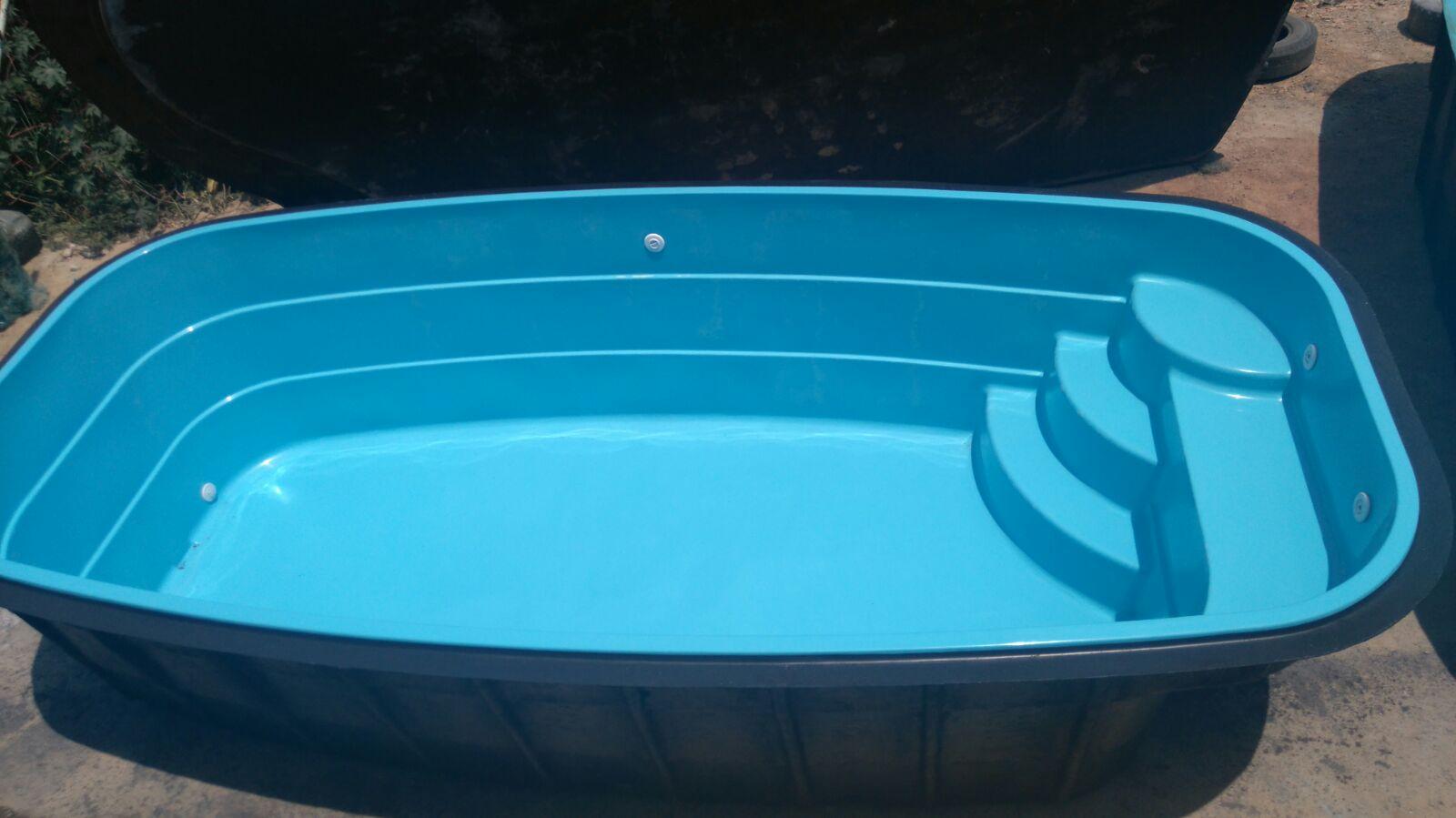 Piscina de fibra usada piscina de fibra com deck kit de for Piscina fibra precio