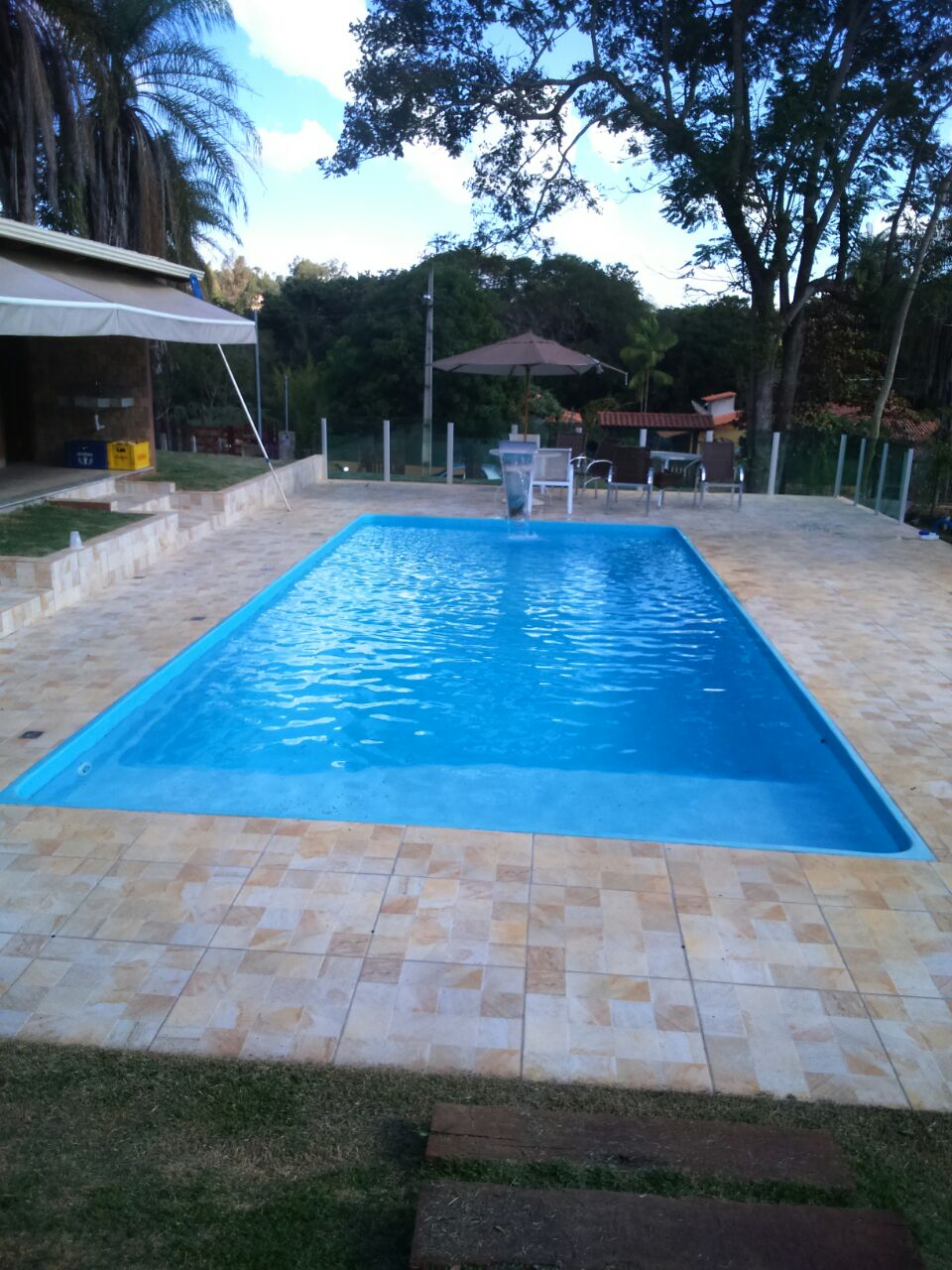 Piscina de fibra bh mg piscina grande mar azul loja bh for Piscinas modelos