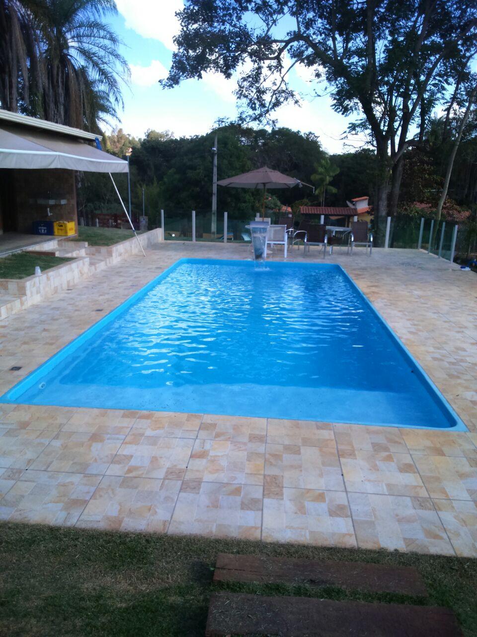 Piscina de fibra bh - Fotos de piscinas ...
